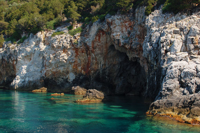 Travel_center_corfu_11